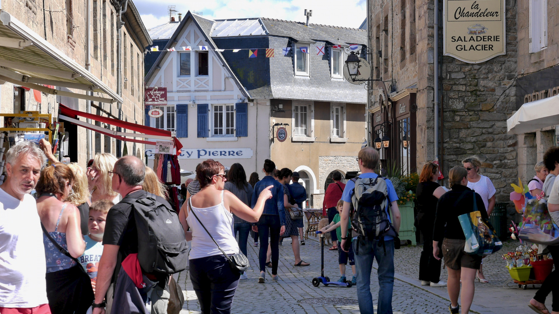 Walking street of Roscoff