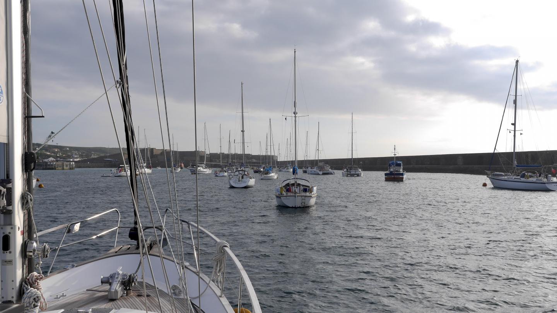 Suwena Brayen satamassa Alderney saarella