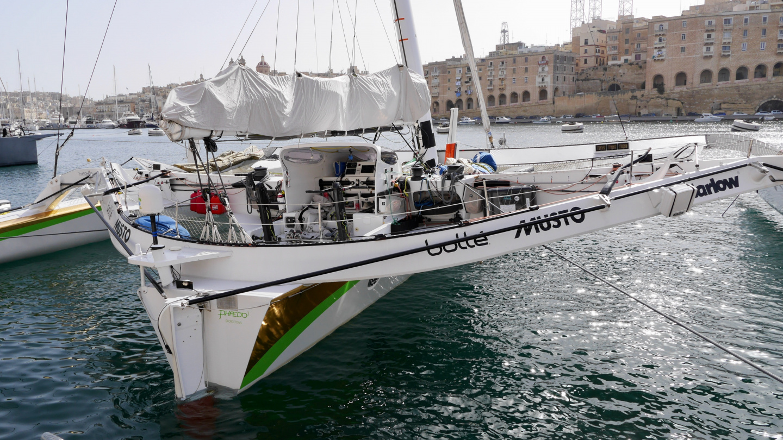 Phaedo 3 trimaraani Maltalla Rolex Middle Sea Race kisassa