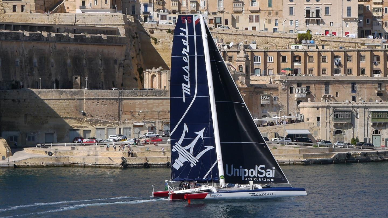 Trimaran Maserati starting at Rolex Middle Sea Race