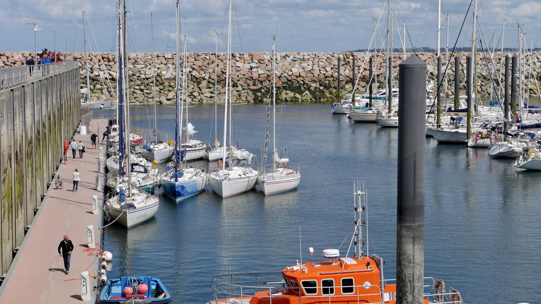 Vierasveneitä Roscoffin satamassa