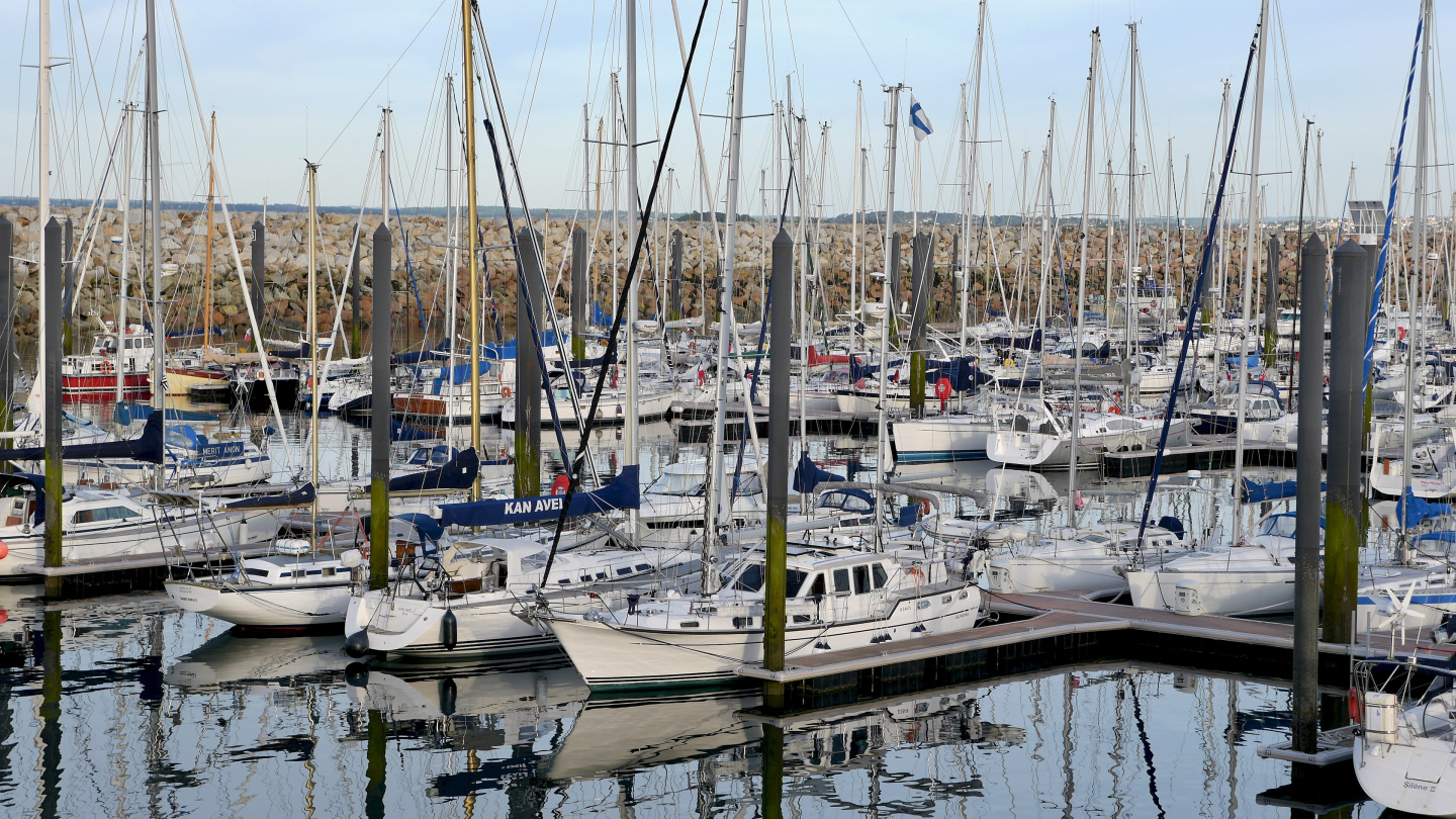 Suwena in the Roscoff marina in Brittany