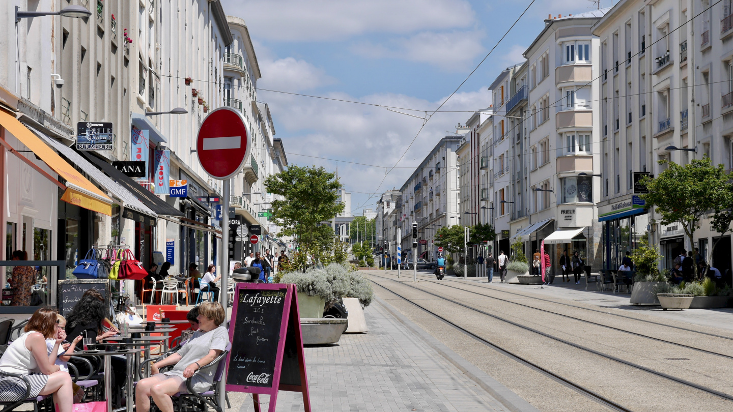 Rue de Siam, the central street of Brest