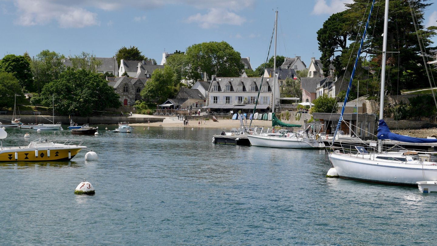 The village of Sainte-Marine in Brittany