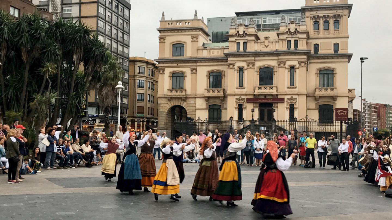 Flamencoesitys Gijonissa Espanjassa