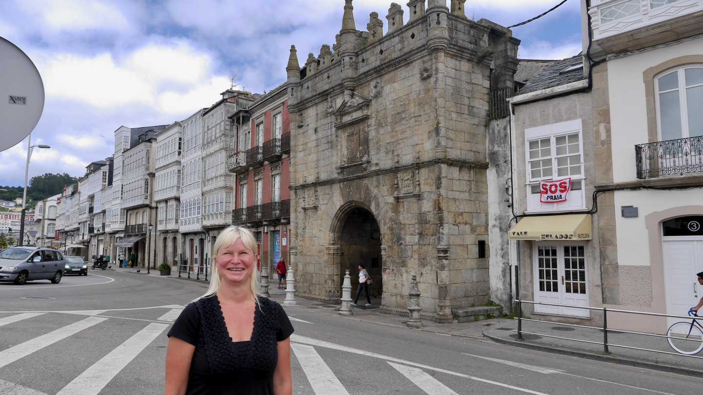 Eve at Carlos V gate in Viveiro in Spain