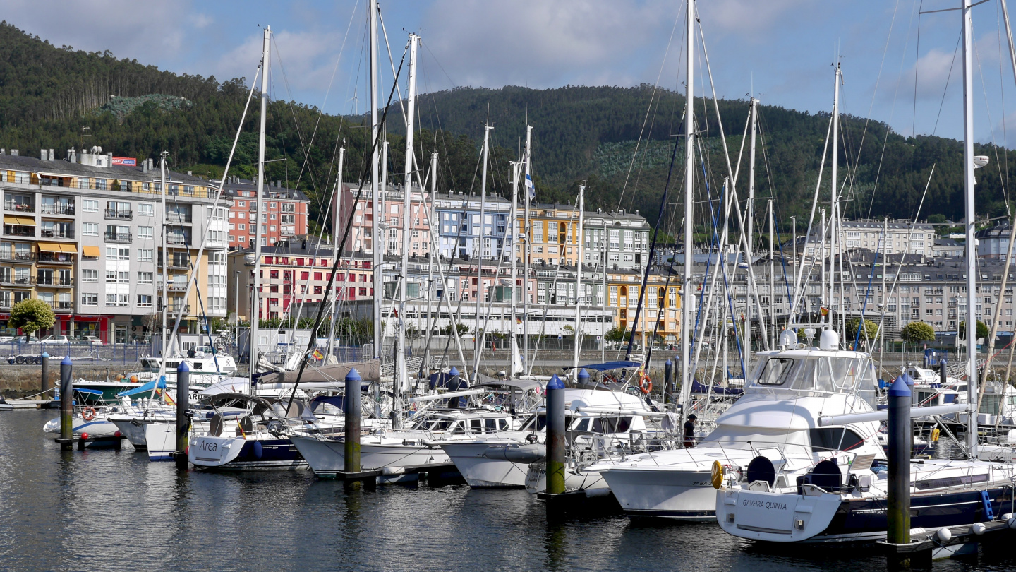 Suwena in the marina of Viveiro in Spain