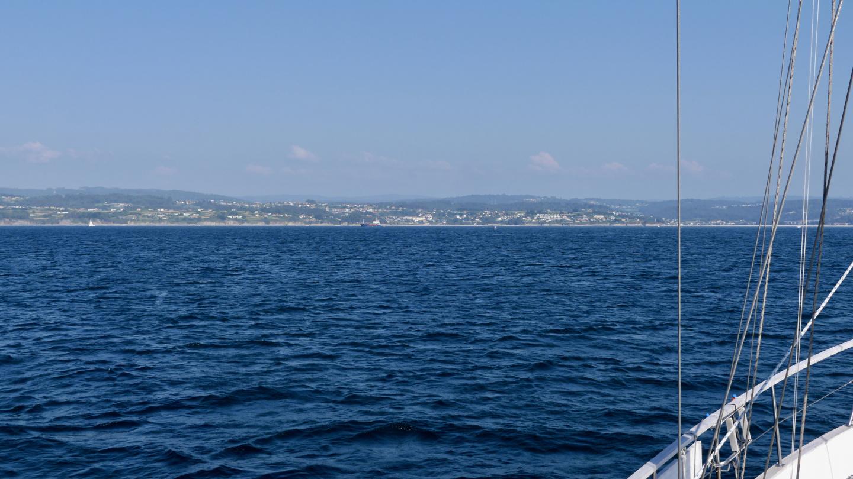 Suwena lähestyy Sadaa Ría de Betanzos lahdella