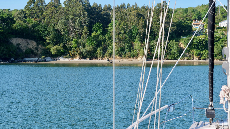 Suwena anchored, Redes Ría de Ares, Galicia