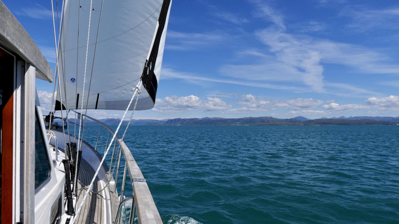 Suwena sailing in Scotland