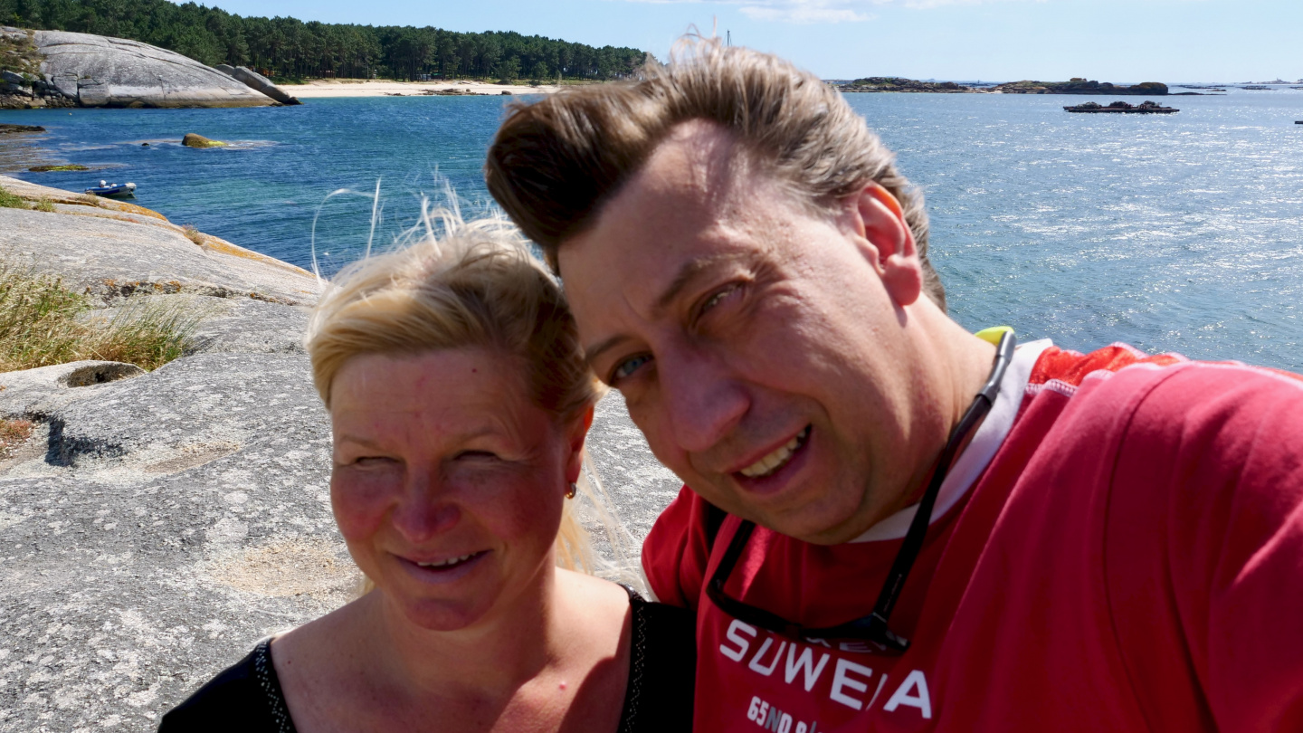 Eve and Andrus on the island of Arousa, Galicia